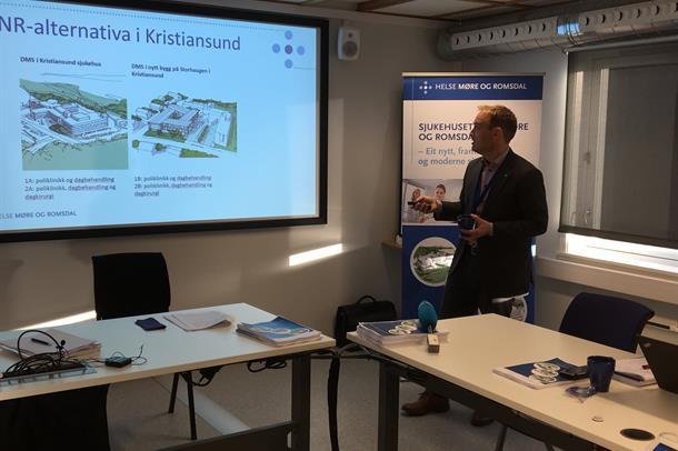 Adm.dir Espen Remme legg fram si tilråding av konseptval for Sjukehuset Nordmøre og Romsdal