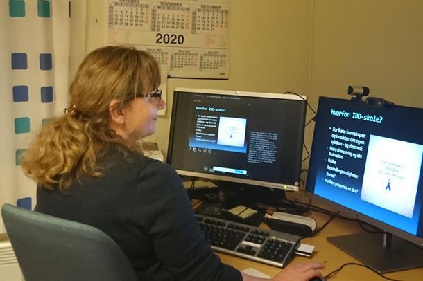 Spesialsjukepleiar Monika Tranvåg digital IBD-skule.